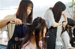 北京学化妆怎么选择学校?